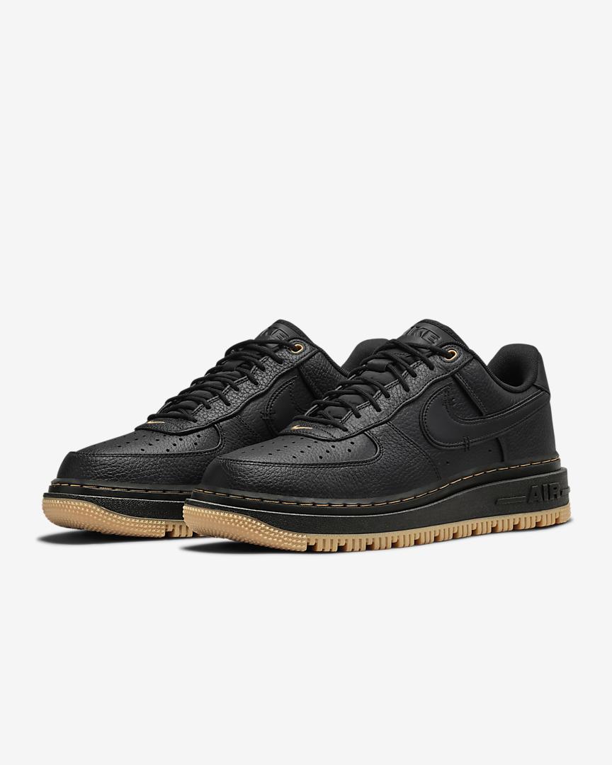 zapatillas Nike Air Force 1 Low Luxe color negro y blanco perla