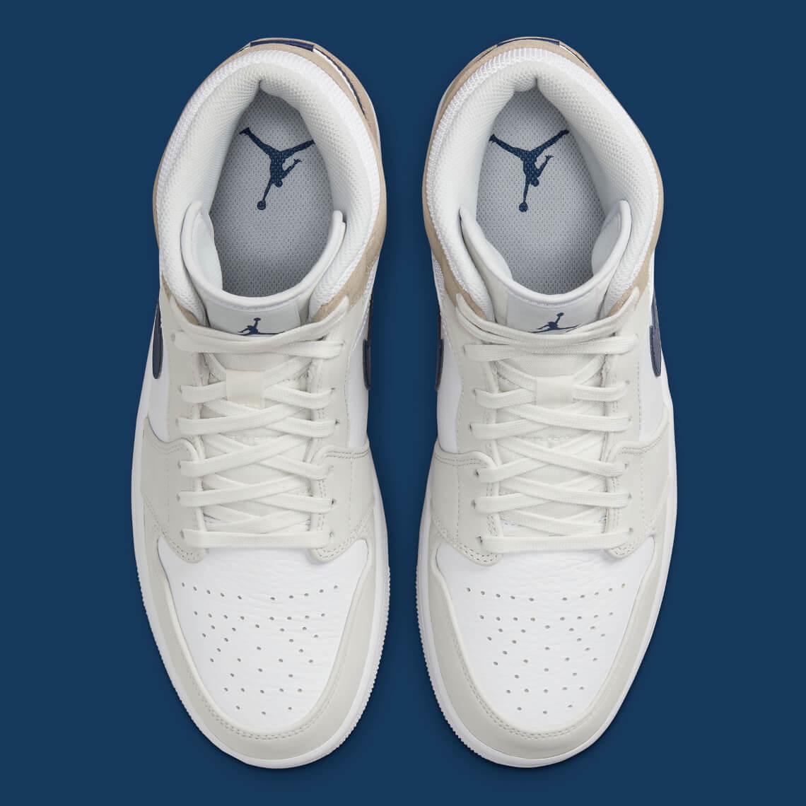 zapatillas Air Jordan 1 mid White tan navy 2021