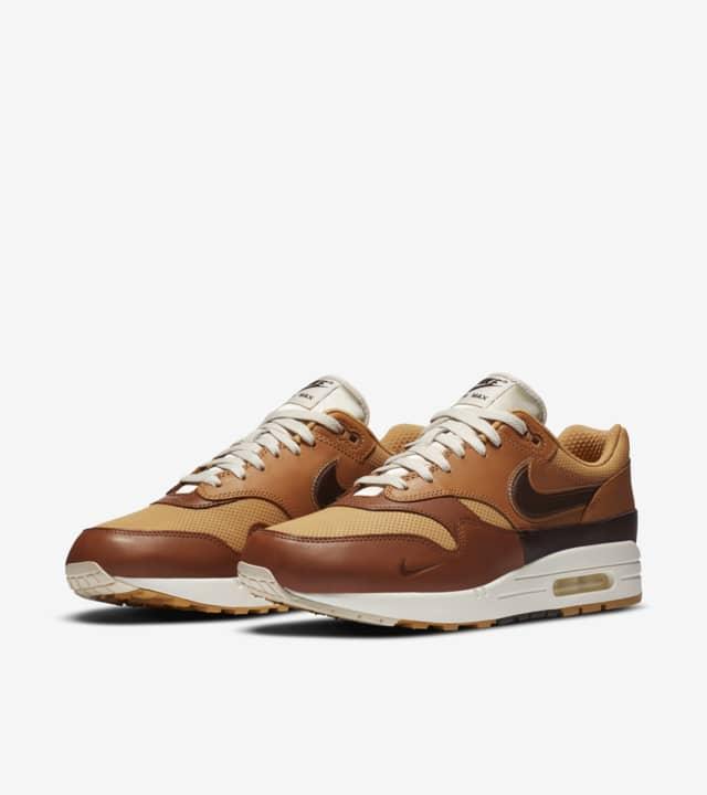 air-max-1-baroque-brown