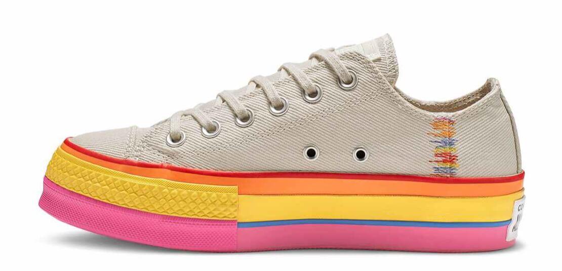 Chuck Taylor All Star Rainbow Platform Low Top